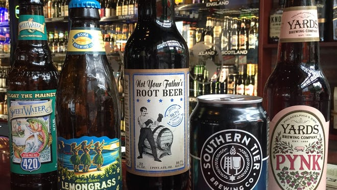 Hub City Brewhouse offers 300 beers from around the world.
