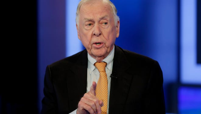 """T. Boone Pickens appears on the """"The Intelligence Report with Trish Regan"""" program, on the Fox Business Network, in New York in 2015. Pickens, who recently suffered from a series of strokes, took a """"Texas-sized fall"""" that put him in the hospital last week.  In a posting to LinkedIn, the corporate raider and legendary oilfield wildcatter said that he is still mentally strong but that as far as his life goes, """"I clearly am in the fourth quarter."""""""