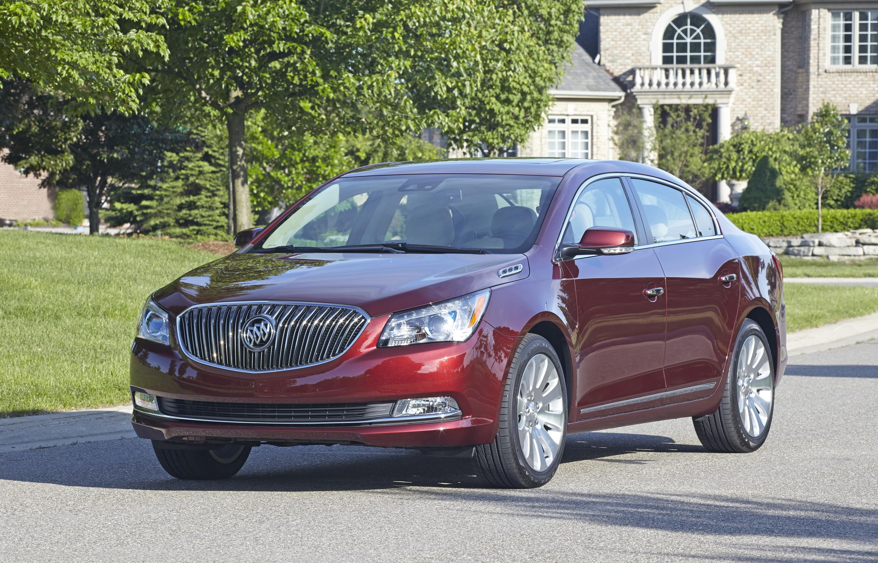 Buick LaCrosse: What Will You See after an Airbag Inflates