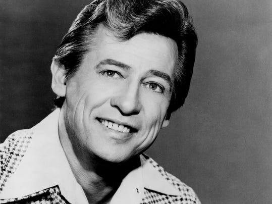 Cal Smith Voice Of 39 Country Bumpkin 39 Dies At Age 81
