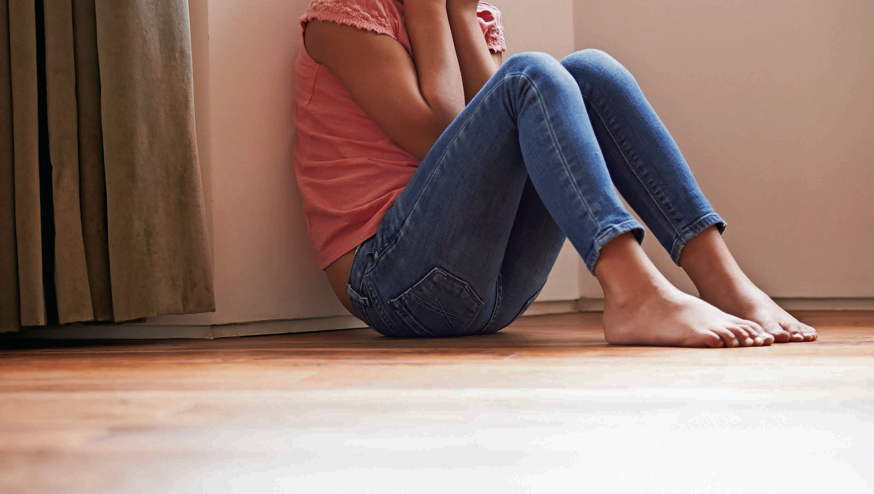 early childhood trauma lives on in adulthood essay Her latest book is childhood disrupted (2015) she lives in maryland  between early chronic stress and later adult disease through the work of a dedicated.
