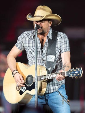 Jason Aldean performs Thursday, Jan. 16, 2014, at Wells