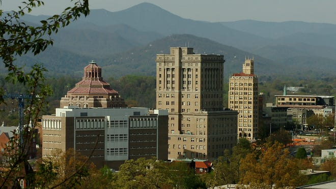 Asheville Skyline.  Saturday, April 15, 2006.
