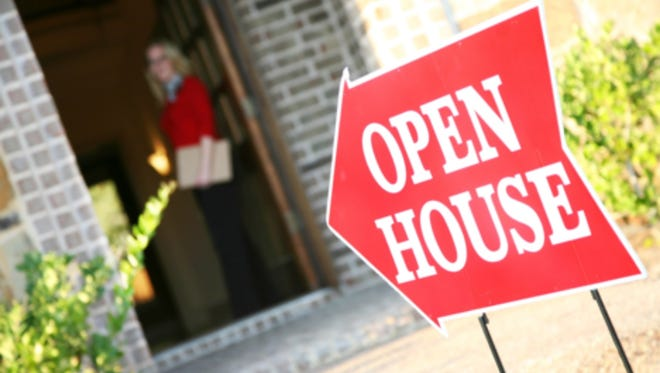 """""""If a new listing hits the market near the weekend, a lot of times the Open House is the first time for people to see it. Homes that are priced well and show well often sell that same day, """" said Brad Baxter, a Branch Manager at Carpenter Realtors, Inc."""