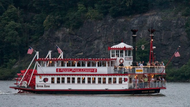 The Historical Society of Rockland County next month will provide a tour of the Tappan Zee Bridge construction site aboard the River Rose, a Mississippi-style paddle-wheeler.
