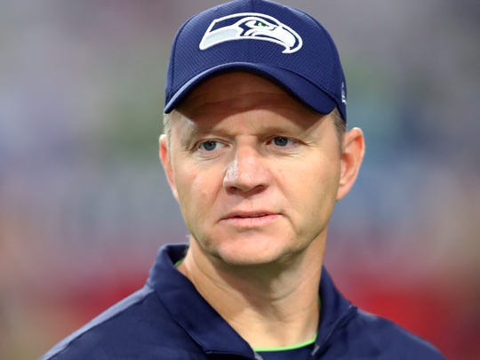Oct 23, 2016; Glendale, AZ, USA; Seattle Seahawks offensive coordinator Darrell Bevell against the Arizona Cardinals at University of Phoenix Stadium. The game ended in a 6-6 tie after overtime. Mandatory Credit: Mark J. Rebilas-USA TODAY Sports