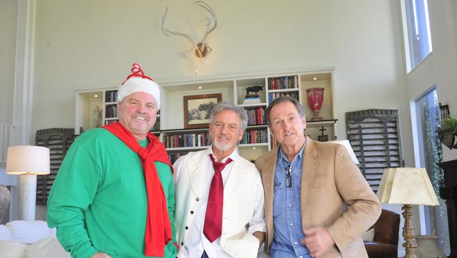 The Larry Gatlin & the Gatlin Brothers Christmas Dinner Show is in production now and will run through Christmas Day.