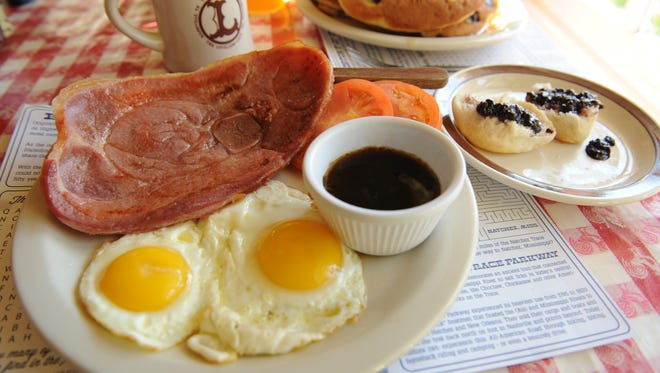 Scrumptious ham and eggs served all day at the Loveless Cafe.