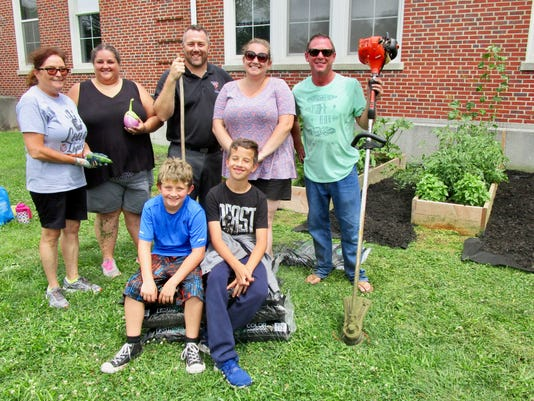 Linden educators and students put their green thumbs to good use