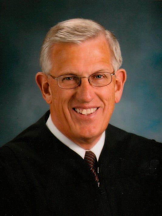 nuss richard judge 111008.jpg