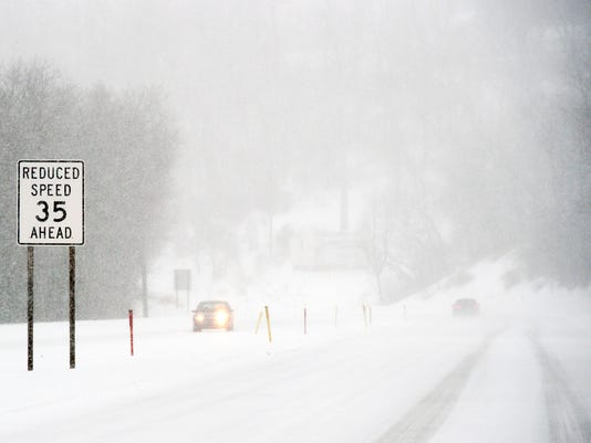 3-YDR-pmk-031417-snow