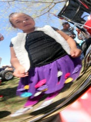 Aubree Garcia, 5, saw her reflection in the chrome