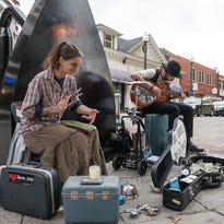 Knoxville Council defers amplification ban after buskers fight back