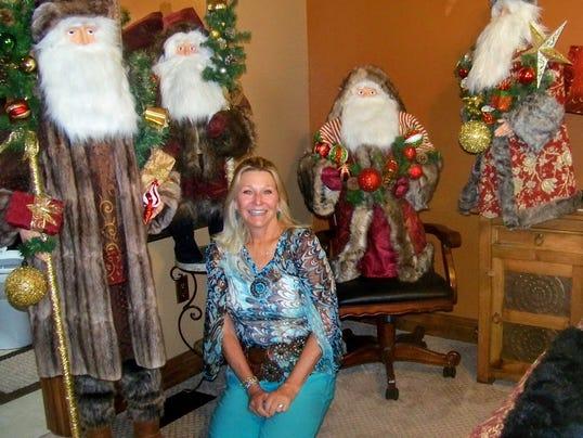 636162817328380784-Santa-lady-1-.JPG