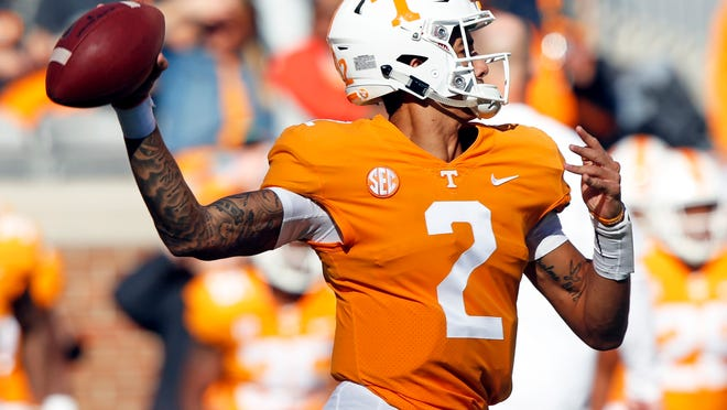 Tennessee quarterback Jarrett Guarantano (2) throws to a receiver during an NCAA college football game against Charlotte, Saturday, Nov. 3, 2018, in Knoxville, Tenn. (AP Photo/Wade Payne)