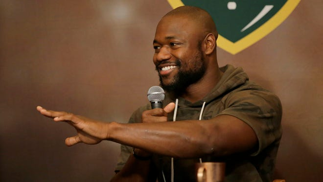 Green Bay Packers running back Ty Montgomery co-hosted Monday's Clubhouse Live. The show is held Mondays at 6:30 p.m. at The Clubhouse Sports Pub & Grill inside the Radisson Paper Valley Hotel in downtown Appleton. Packers rookie running back Jamaal Williams was Montgomery's guest.