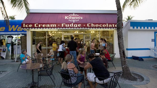 A line forms at Kilwins on Fort Myers Beach. A Pensacola Beach location is expected to open this spring.