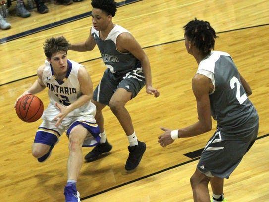 Ontario's Kadin Hooks dribbles the ball in front of