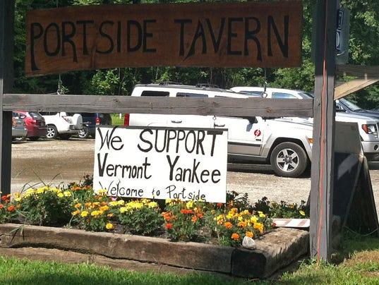 -BUR 0827 Vermont Yankee support.jpg_20130827.jpg