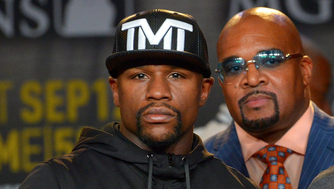 Mayweather exec reacts to McGregor boxing license