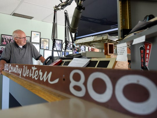 Herb Hoppe talks Wednesday, July 6, about his experiences founding radio stations in Sauk Rapids 53 years ago.