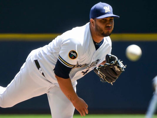 MLB: St. Louis Cardinals at Milwaukee Brewers