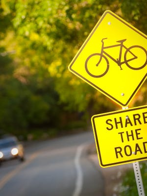 One of the best gifts you can give this year: A safety reminder for bicyclists and motorists, says BikeWalkLee.