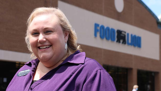 Customer service manager Elizabeth Davis recently celebrated 35 years as an employee of Food Lion.