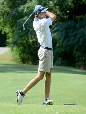 USJ's Ryan Davis shot a 1-over 73 to lead the Bruins to the FCA Invitational team title on Monday at Jackson Country Club.