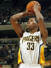 Indiana's Danny Granger hits this jumper from the baseline.