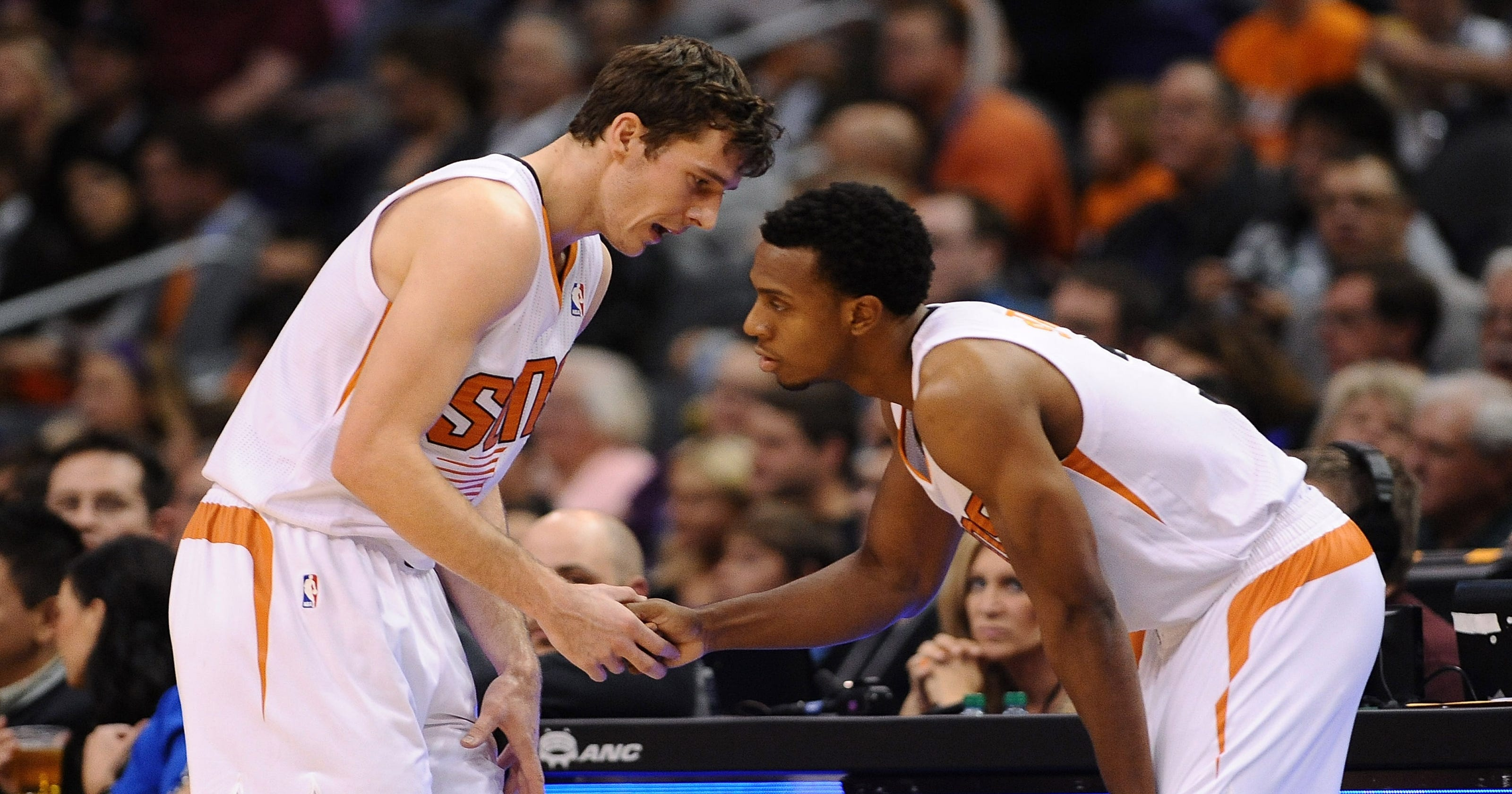 85d0915f577 Goran Dragic, Suns snap Blazers' 11-game win streak