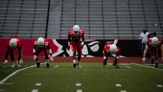 Austin Peay players practice for their upcoming game against Miami-Ohio.