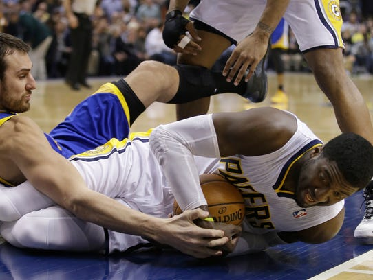 Warriors_Pacers_Basketball_NAF101_WEB183801