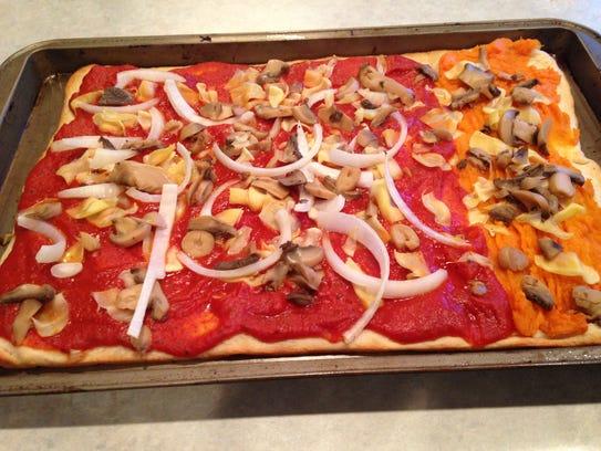 Pizza (half marinara half sweet potato)