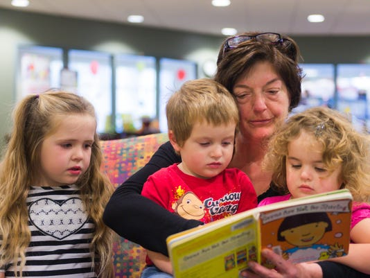 APC f FF Parents Reading With Kids-5.jpg