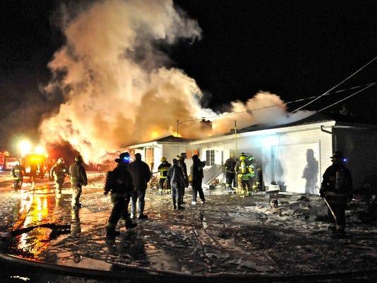 -KEW 1220 Schweiner fire 2.jpg_20141218.jpg