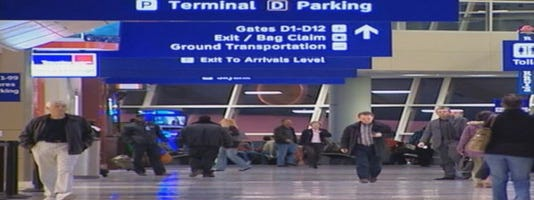 635485352346322504 635485242555896368 DFW Airport Terminal