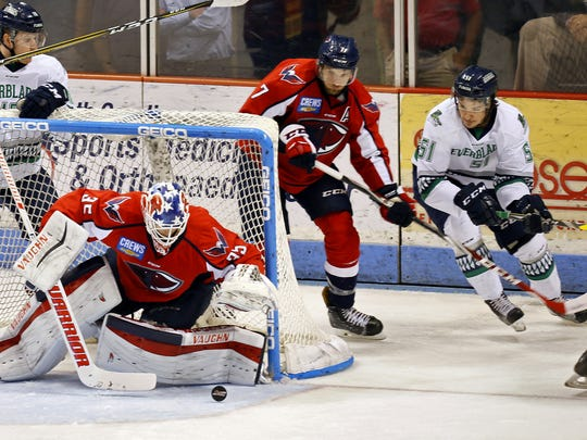 Stingrays goalie Parker Milner makes a save as South Carolina defeated the Florida Everblades 2-1 to win the South Division Kelly Cup best-of-seven series 4-1 Thursday, May 3, 2017 at the North Charleston Coliseum.