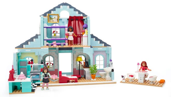 Grace's 2-in-1 Buildable Home ($69.99) gives girls endless play options with a deluxe two-in-one set, featuring 749 pieces. Girls can choose to build Grace's Home, her Patisserie, or a Slumber Party.