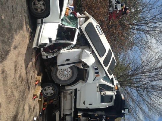 635609013328585442-Memorial-wreck