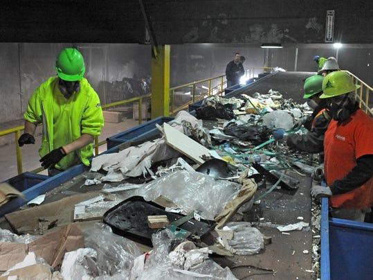 REN0404 Recycling 4.jpg