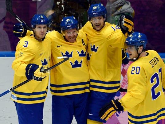 2014-02-14-daniel alfredsson goal