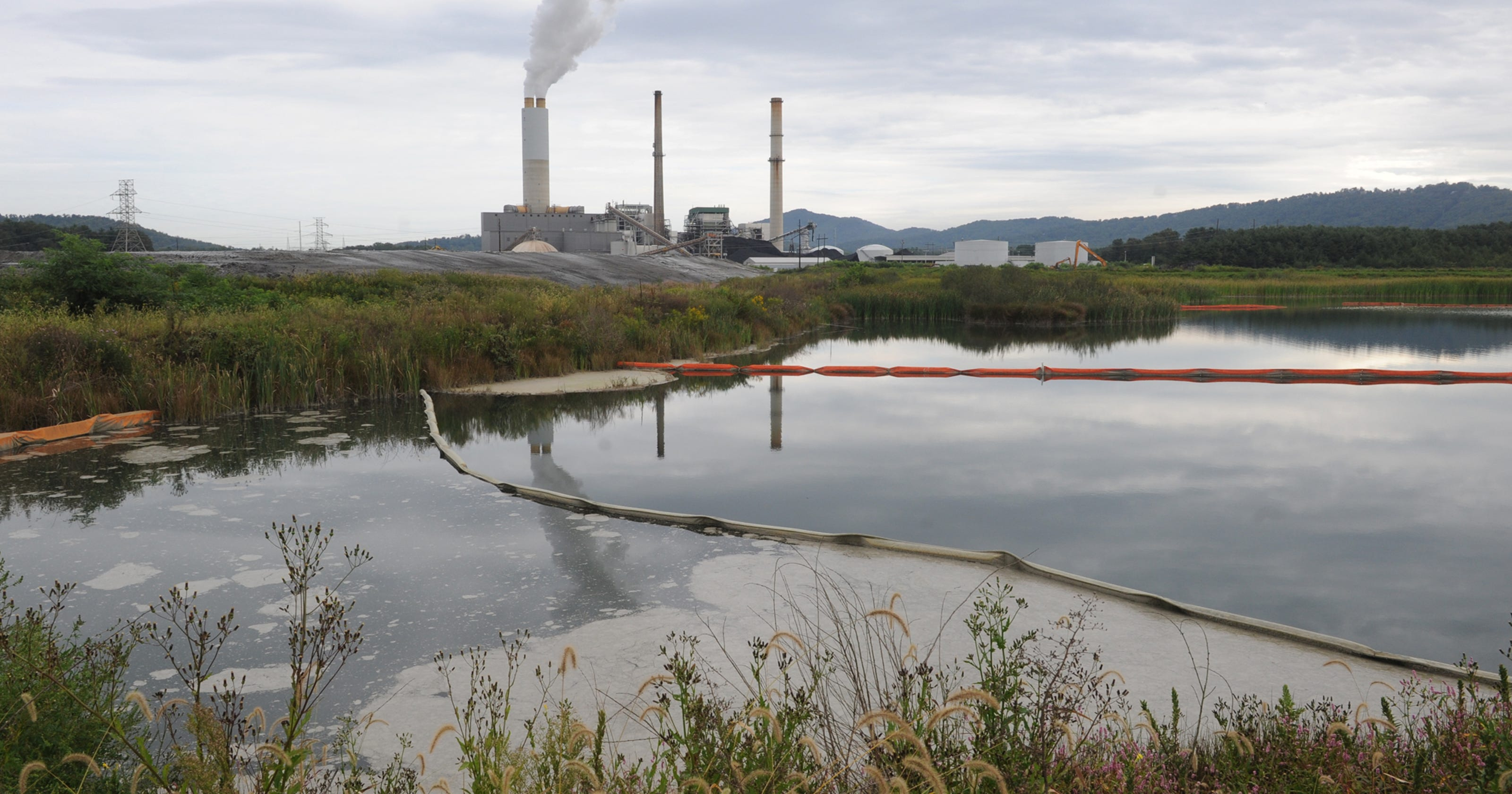 Coal ash dam safety claims questioned