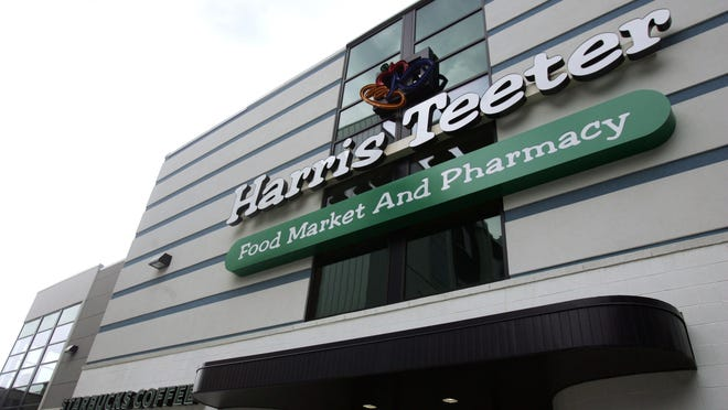 Harris Teeter plans to close its Belle Meade store next month.