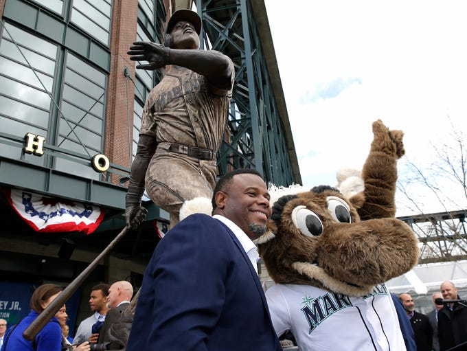 Ken Griffey Jr. and the Mariner Moose pose in front
