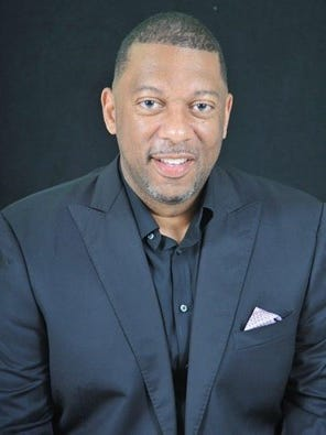 Grambling women's basketball coach Freddie Murray signed a two-year deal Wednesday.