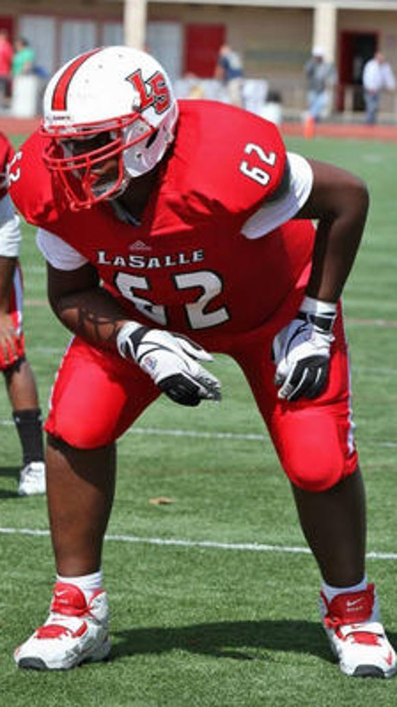 Indiana is the latest offer for La Salle OL Thayer Munford.
