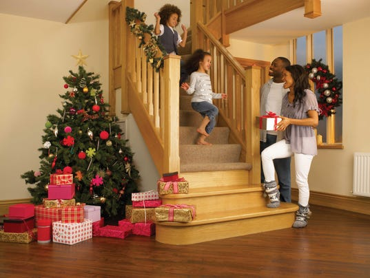 Decorate your staircase for Hang stockings staircase
