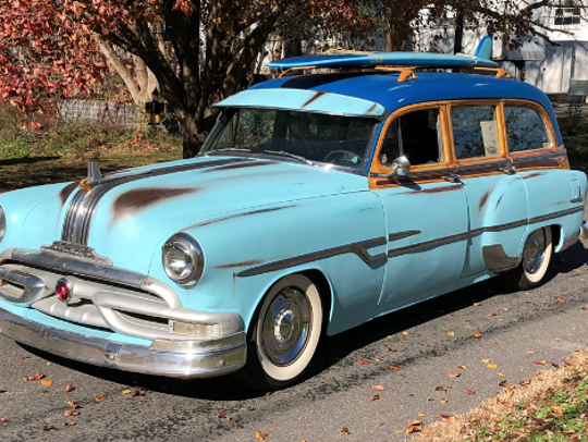 1953 Pontiac Chieftain Custom Wagon