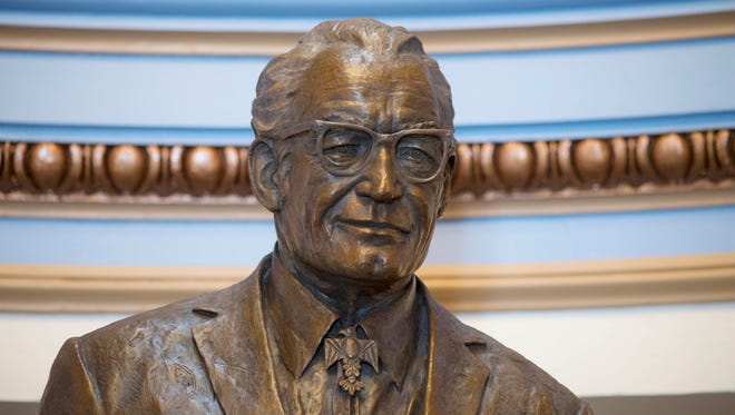 Sculptor Deborah Copenhaver Fellows unveiled her statue of the late Sen. Barry Goldwater on March 31.
